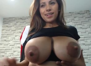 Niley_hott one hott mommy.  meaty fun..