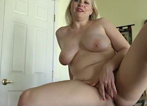 Zoey Tyler nude tour.