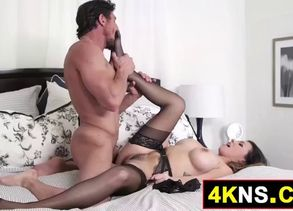 Red-hot dark haired wifey wants a ravage