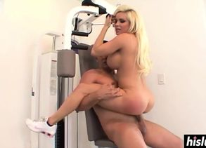 Big-titted blondie gets  at the gym