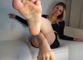 Queen Rainn - Soles Climax Denial