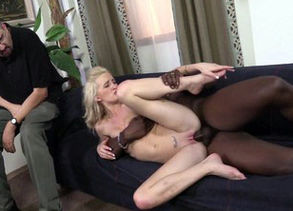 Light-haired maiden banged in the sofa