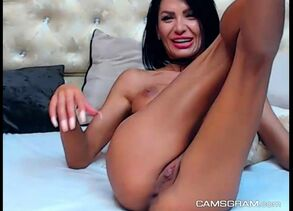 Super-steamy dark-haired Cougar Lisa..