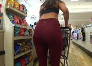 candid latina stretch pants super hot..