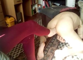 Footfuck for hubbys backside