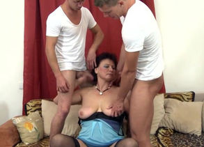 Damsel sons-in-law sharing mature bigtit