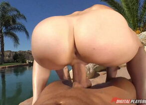 Mia Malkova her cooch rider a large..