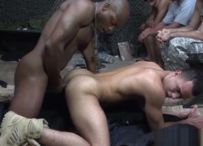 Ebony army sergeant assfucks bloke